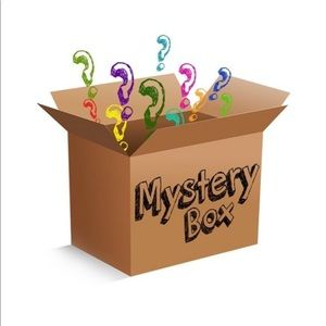 Tops - Mystery box - 5 items for $25